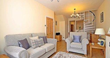 25 Hauteville, 2 Bedrooms 1 Bathroom St Peter Port £265,000 Local Market  Ref: LR2622 » Learn More Part 96