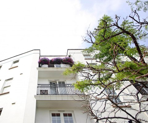 Apartment 8, Canichers House Image